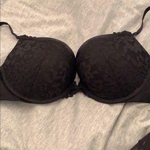 Victoria's Secret Black Bombshell Plunge Bra 34D